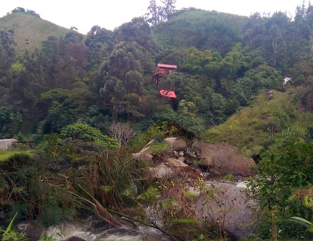 The Eagles Nest - Eco-lodge /Retreat  Vilcabamba