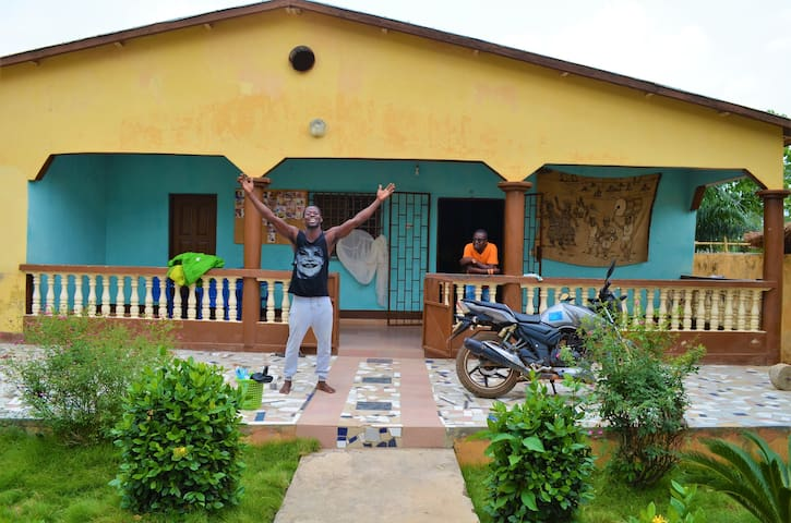 Logement typiquement togolais à prix abordable