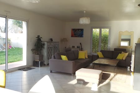 Agréable maison avec piscine 6 personnes - Sainte-Soulle - 独立屋