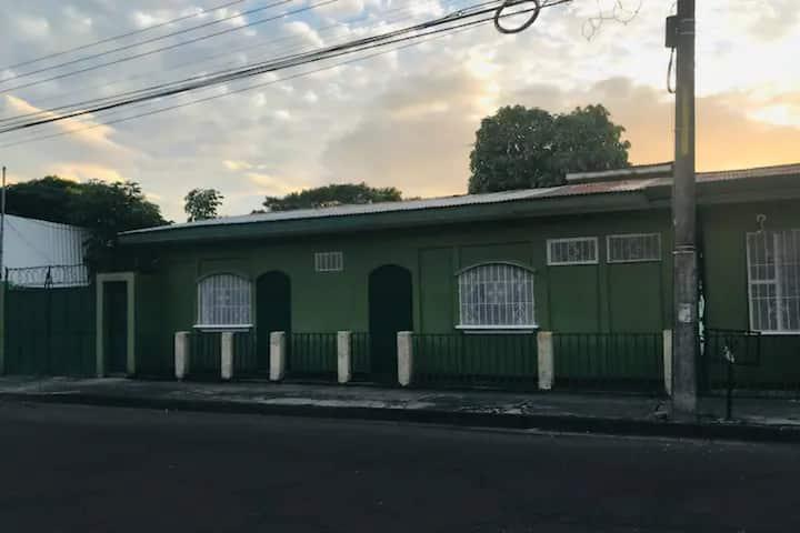 Hospedaje Anita Centro de Liberia