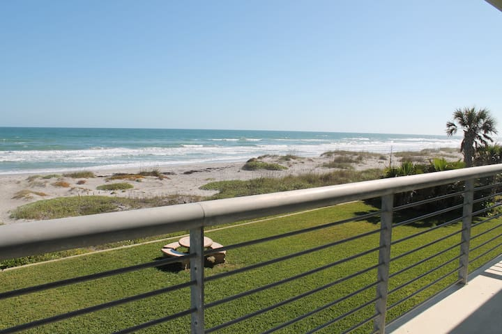 2nd floor beach condo - Cocoa Beach - Villa
