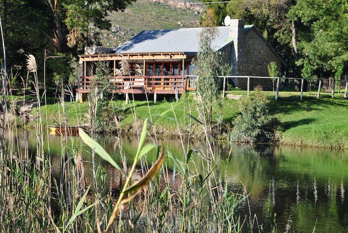 River Edge Accommodation - Wellington - Guesthouse