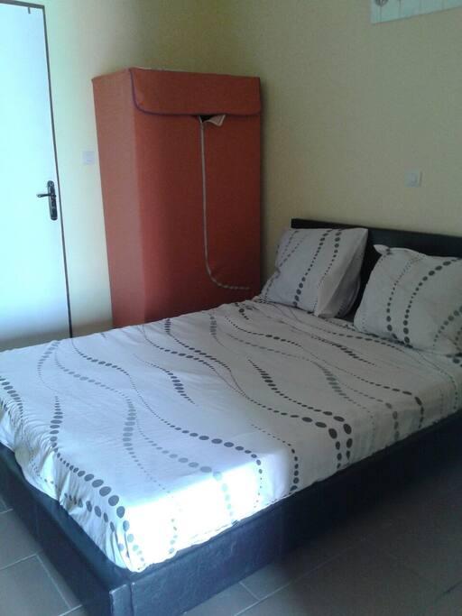 Chambre confortable climatisé