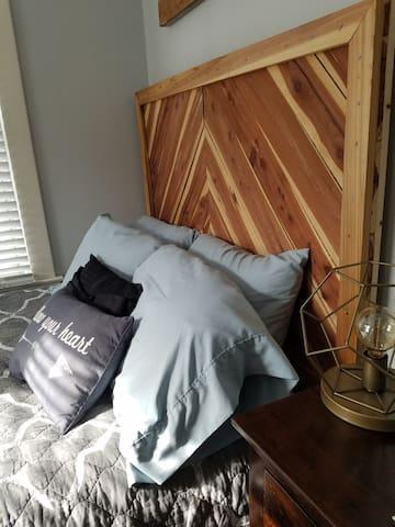 Comfy, Bright Bedroom in a Historic Covington Home