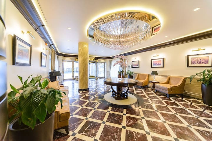 "VIP Apartment in ""Obolon Residences"""