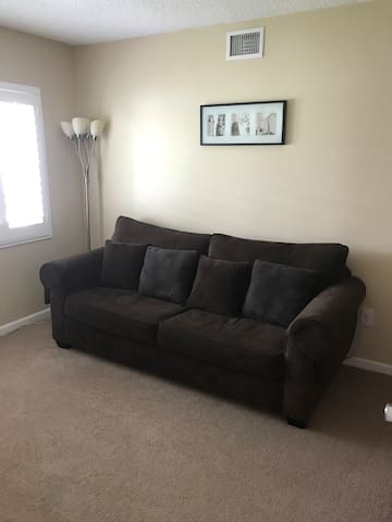 Sofa bed close to Disneyland, beach, and DTLA,LAX