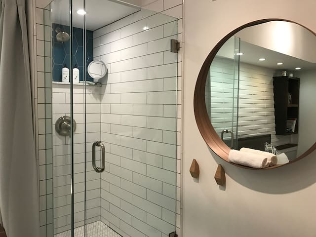 Tile, glass  and marble shower - brand new and super clean!
