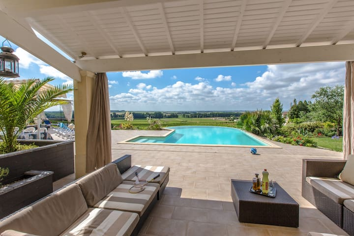 Family villa quiet and panoramic view