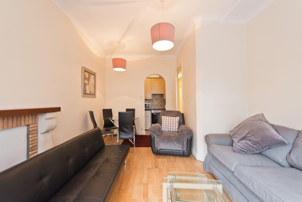 Riverside city centre apartment w beautiful garden apartamentos en alquiler en dubl n county - Apartamentos en irlanda ...