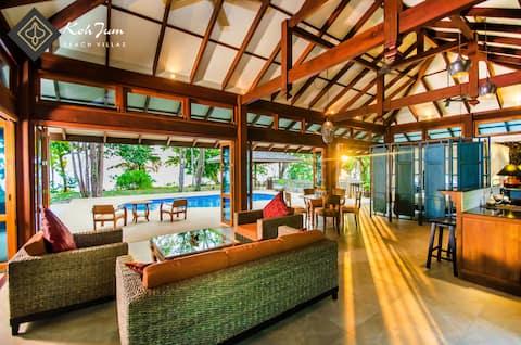 Luxury Two Bedroom Beach Pool Villa Hideout
