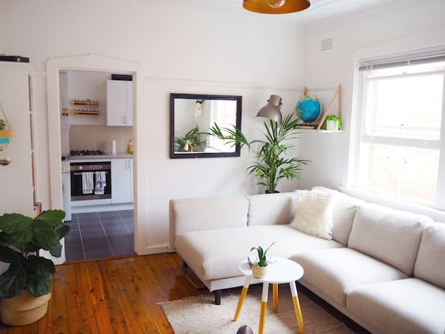 Beachy Bohemian Apt. In The Heart Of Manly - Manly - Lägenhet