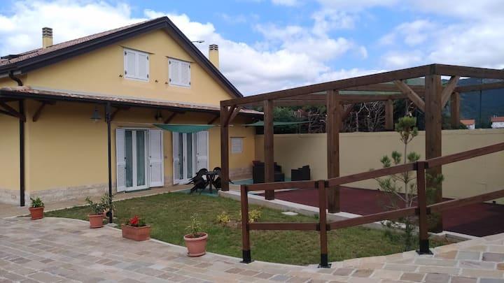 b&b Ostello Villafranca Relax nella natura°
