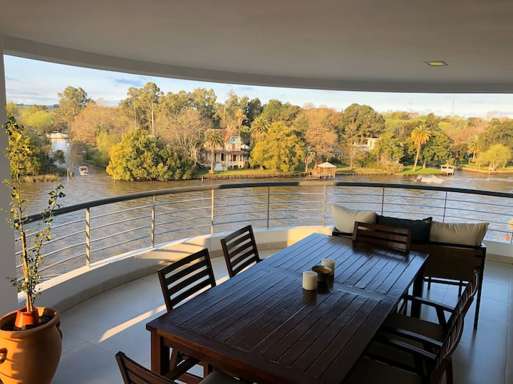 Breathtaking views and homy home in Tigre