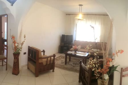 Clear and lightfull apartment, 5 min to the port - Vlorë