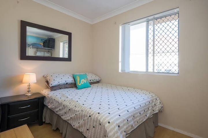 Inner City Flare - Greenslopes - Apartemen