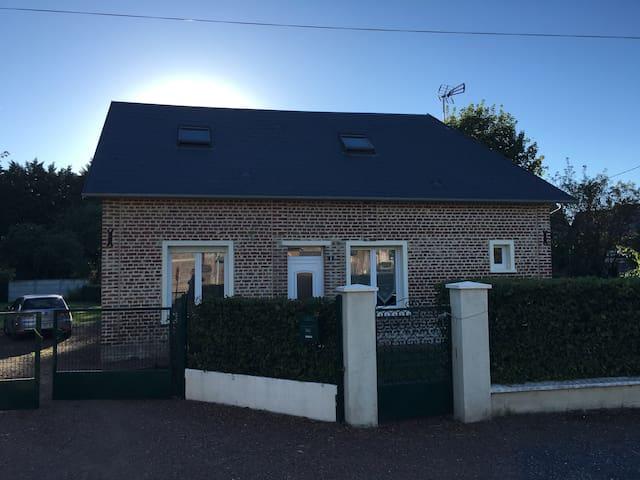 Le cottage de Lucie & Antoine - Villers-le-Sec - Hus