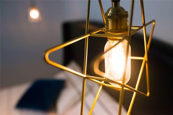 【room 1】北欧--个性黄铜星星床头吊灯