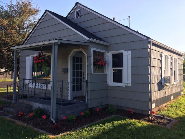 Quaint Home Near Corvallis