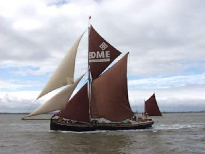 Sailing Barge Edme