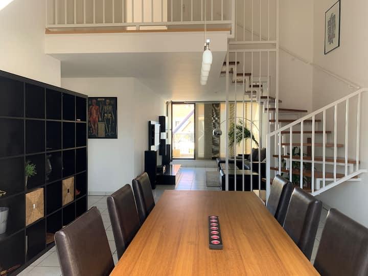 Elegante Maisonette Wohnung mit sonniger Loggia