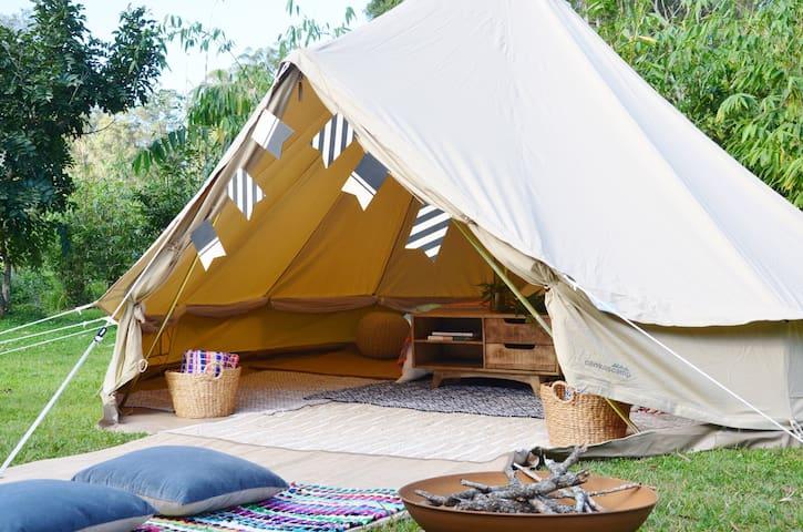 Wandering Abodes- Pop up Glamping INCLUDING SITE - Moffat Beach - Tipi