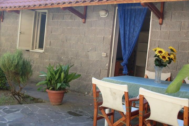 Appartamento Relax 4pax Free WIFI CasaF Mazzella