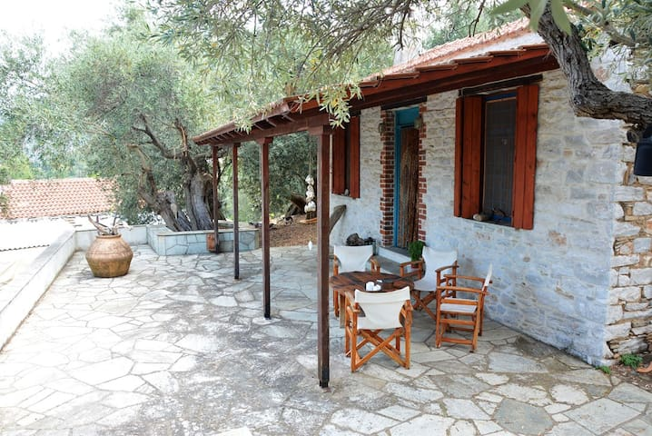 Pelion Amazing Cottage by the sea - GR - House