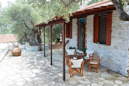 Pelion Amazing Cottage by the sea