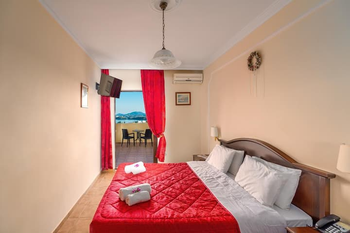 Twin or Double Room with Panoramic View