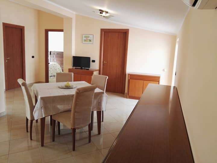 Sellia Apartment, con vista mare e wifi gratuito!