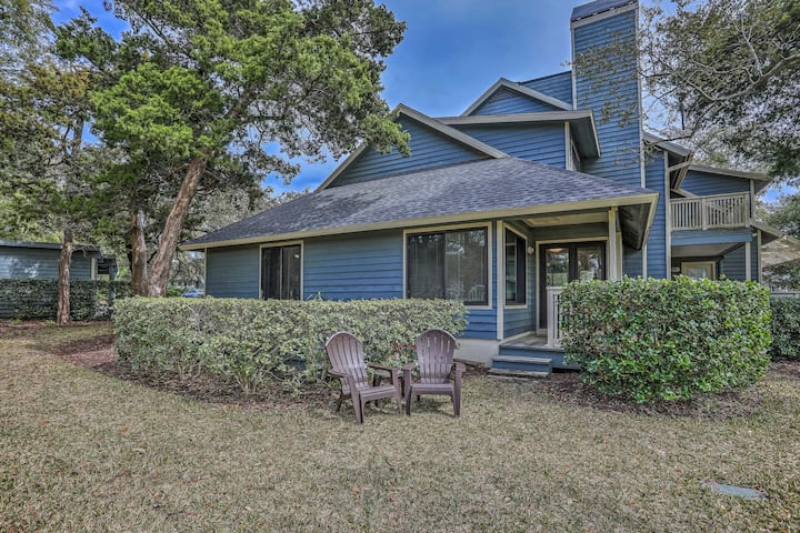 NEW! Myrtle Beach Retreat w/ Porch & Ocean Access!