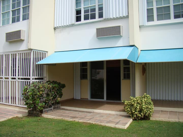 Beach Townhouse- Furnished