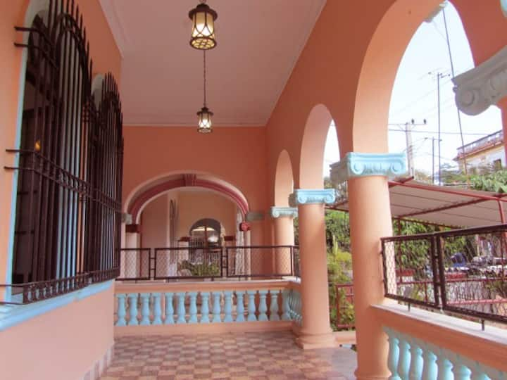 NEW*Casa Del Colibrí (End of Year SALE! $59/night)