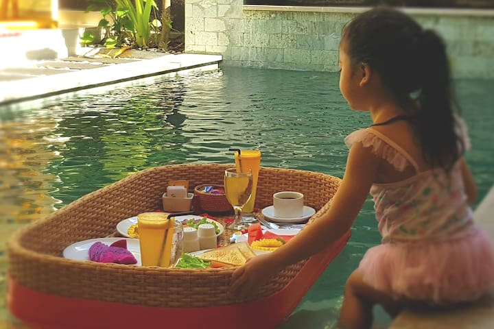 Cozy Villa with Private pool 15 minute to seminyak