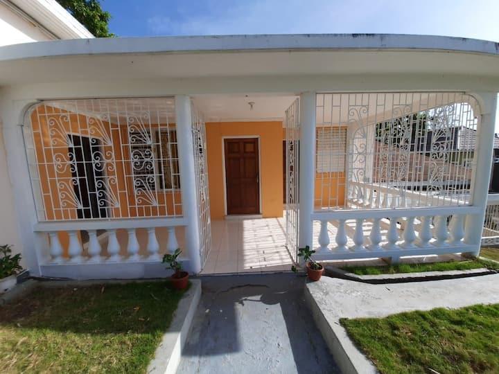 Serene seaview villa 1 private bedroom