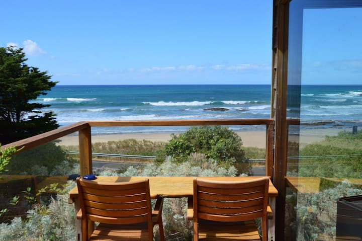 'The Seaside' at Kookaburra Cottages Retreat