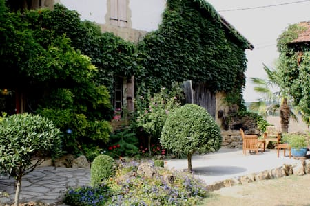 Medieval Farmhouse ideal for Jazz - Marciac - Huis