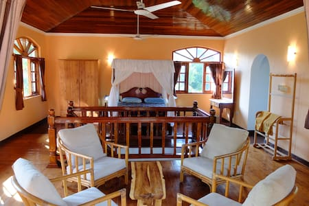Comfortable private house in Thalwila, Marawila. - Marawila