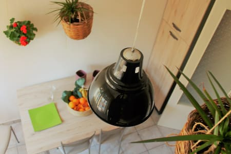 Cozy and sunny apartment in Catania - Catania - Wohnung