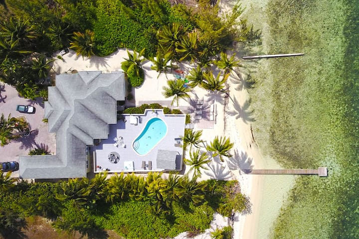 Kai Conut: Island Style Villa in Cayman Kai w/ Private Pool & Dock for Tropical Getaways
