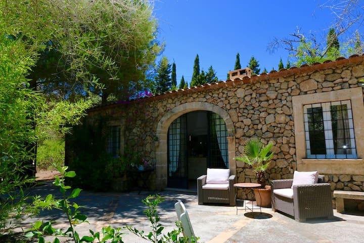Charmante Finca im Nordosten Mallorcas bei Arta - Artà - Huis