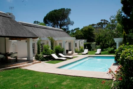 Very Exclusive Upmarket Self Catering Villa - Cape Town