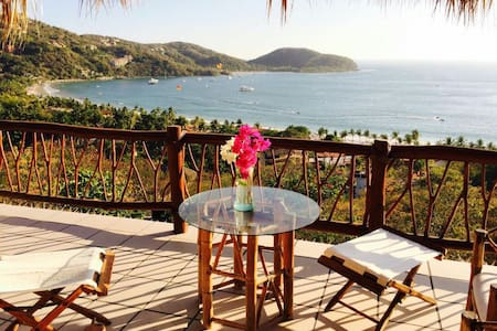 """The Shack"" with a view - Zihuatanejo - Villa"