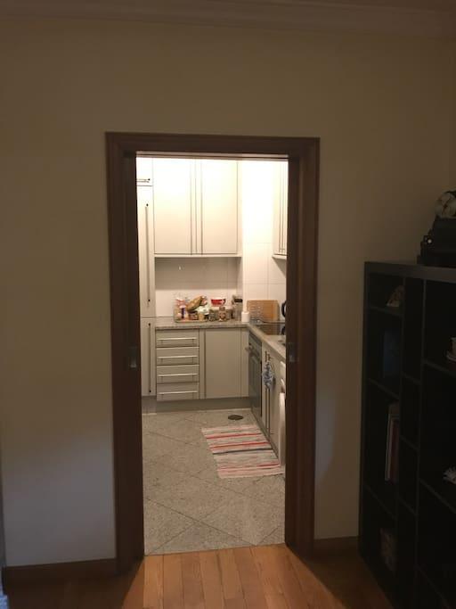 Kitchen access