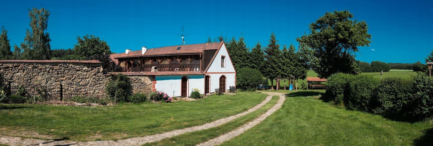 Chalupa - 4 byty, Novohradské hory - Horní Stropnice - Dağ Evi