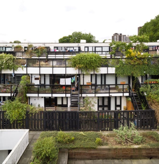 A tranquil, modernist housing estate close to public transport and all the amenities of Hampstead and Belsize Park.