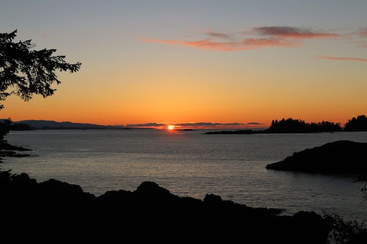 Two Bedroom Luxury Sunrise Suite at Melfort Bell - Ucluelet - House
