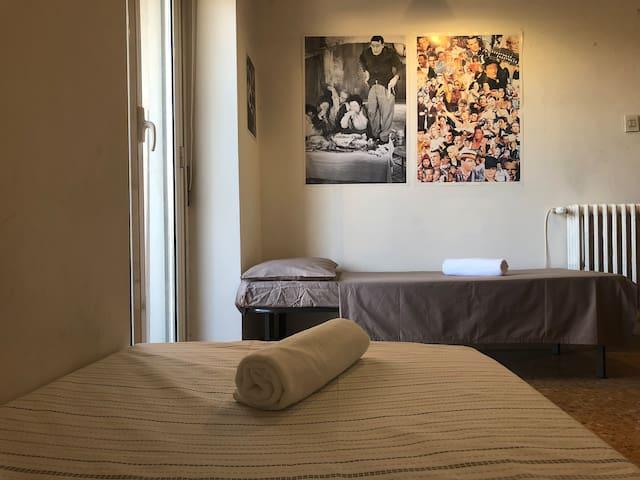 Triple room near Tiburtina station