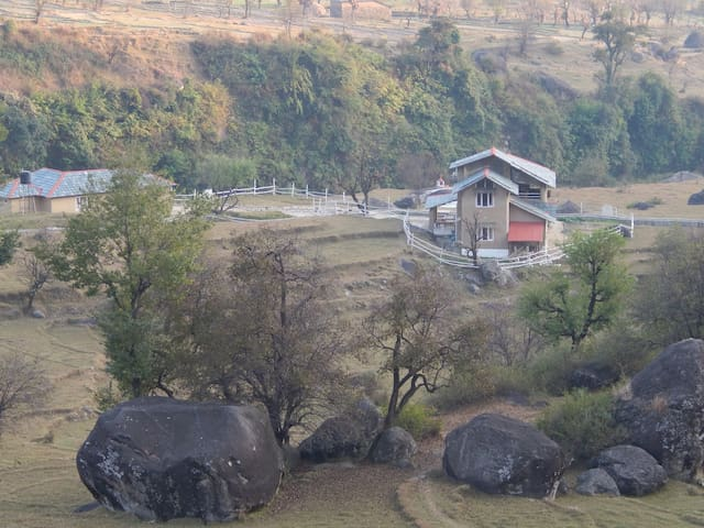 The Earth House, Palampur : Upper Room-2