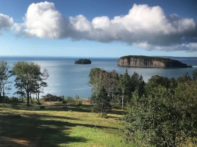 Bay of Fundy Treasure- 10 minutes from Parrsboro